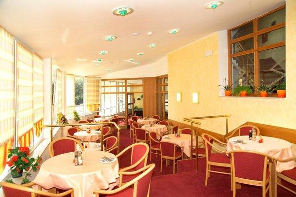 Hotel Riviera - 10