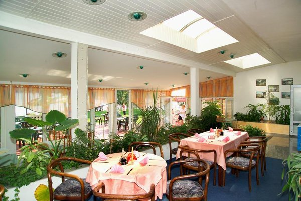 Hotel Riviera - 11