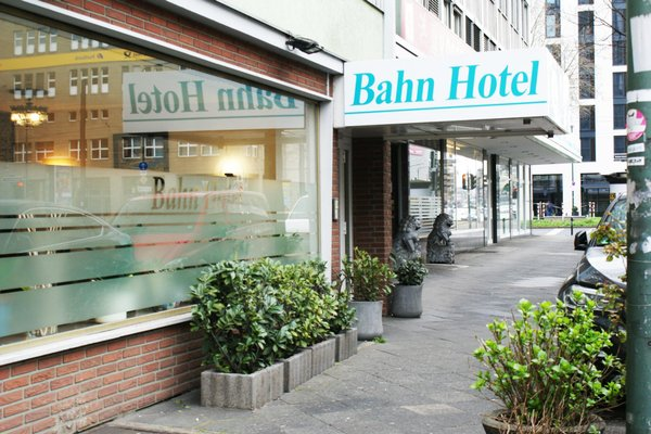 Bahn-Hotel - 18