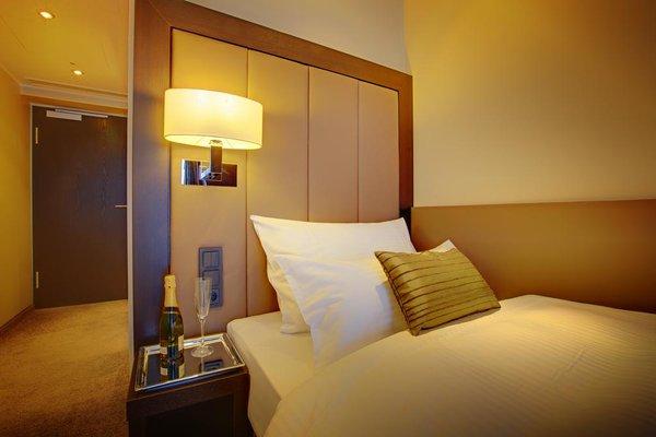 Hotel Favor - 3