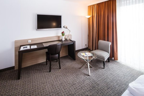 Hotel Plaza - фото 3