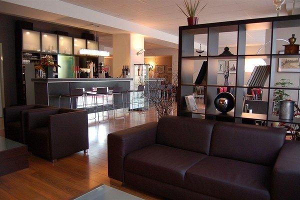 Artis Suite Hotel - фото 6