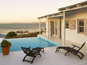 Apartments Paternoster Cottages
