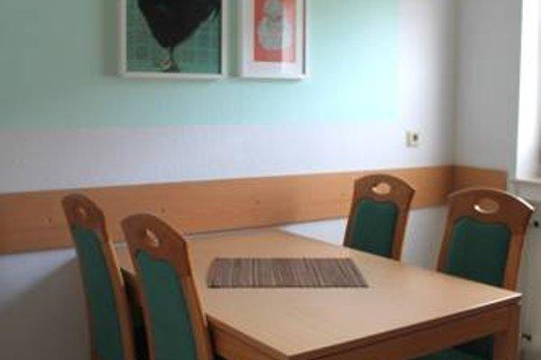 Haus Flora - Ferienwohnungen - 15