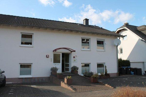 Haus Flora - Ferienwohnungen - 21
