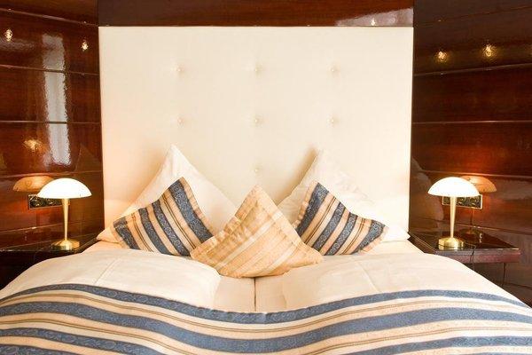 Moselstern Hotel Brixiade &Triton - фото 3