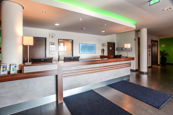 Отель Holiday Inn Express Bremen-Airport - фото 15