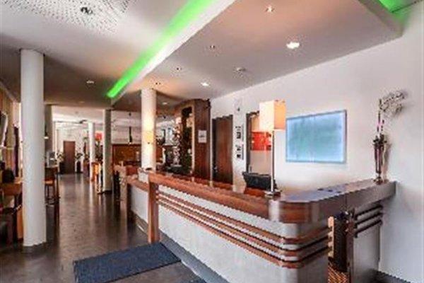 Отель Holiday Inn Express Bremen-Airport - фото 16