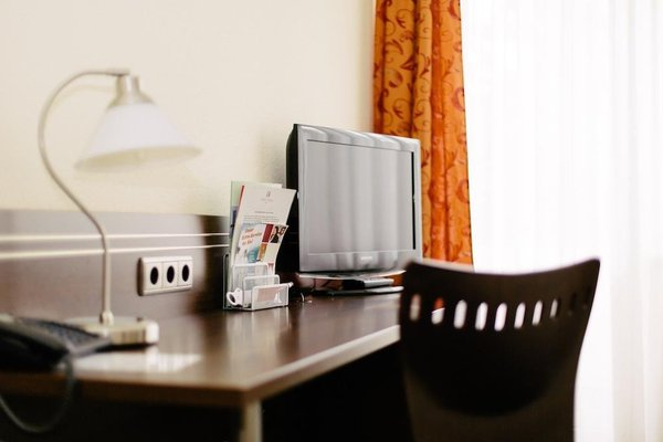 Hotel Astoria Bonn - 8