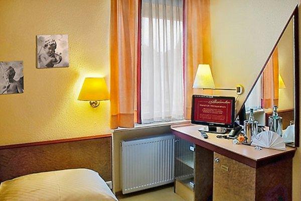 Hotel Alexander - 3