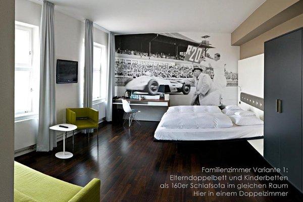 V8 Hotel Motorworld Region Stuttgart - фото 11