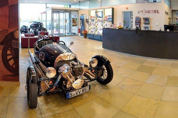 V8 Hotel Motorworld Region Stuttgart - фото 20