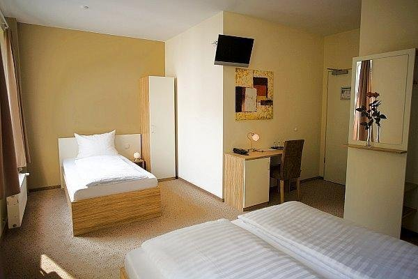 Nu Hotel Berlin - 3