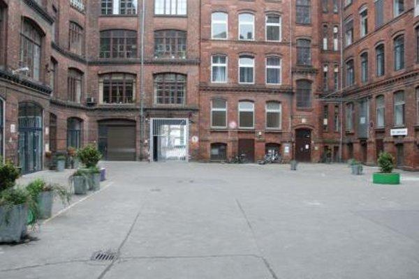 IMA Loft Apartments - фото 4