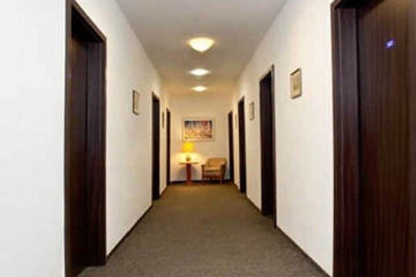 Potsdamer Inn - фото 15