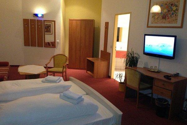 Hotel Pension Delta - фото 10