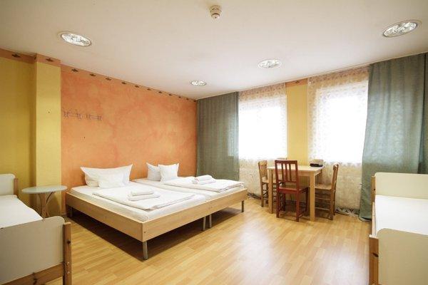 Hotel Friedrichshain - 3