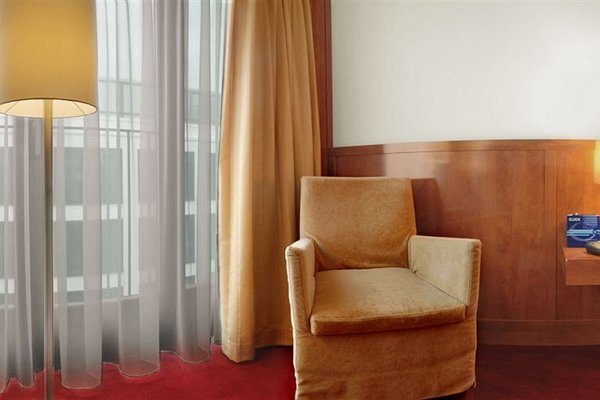 Angleterre Hotel - фото 8