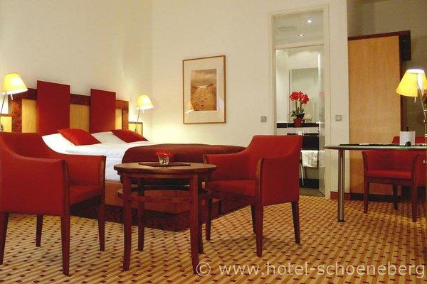 Hotel Schoneberg - 8