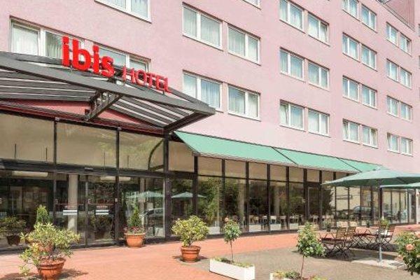 ibis Hotel Berlin Airport Tegel - 22