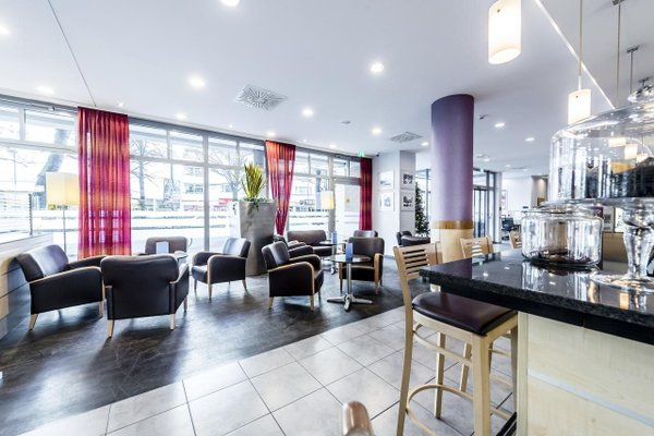 Holiday Inn Express Berlin City Centre - 7