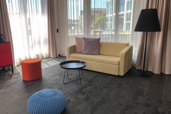 Riverside City Hotel - 8