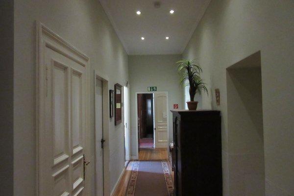 Hotel Pension Bernstein am Kurfurstendamm - фото 19