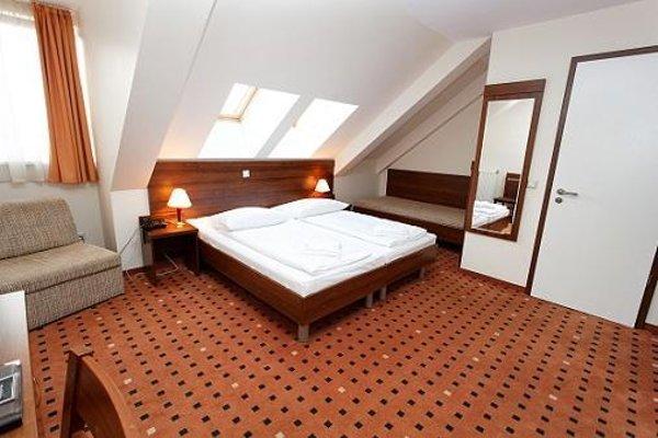 Отель Europa City - фото 4