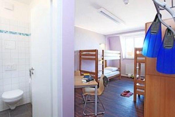 Industriepalast Hostel & Hotel Berlin - 3