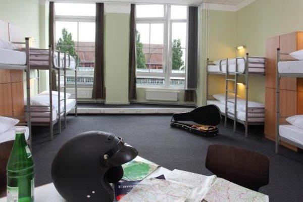 Industriepalast Hostel & Hotel Berlin - 5