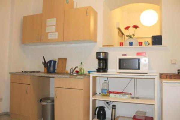 Pension Central Hostel Berlin - 13
