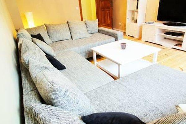 Apartment House Simon Dach - 3