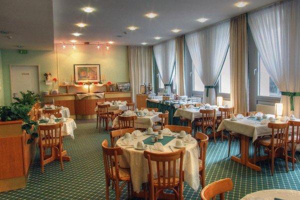 Hotel Kubrat in Helle Mitte - 14