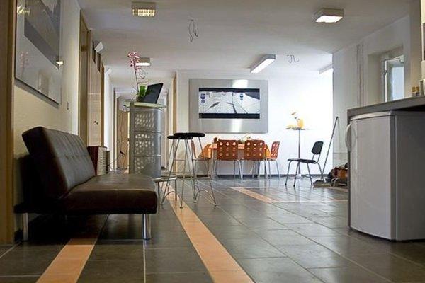Bedstop Hostel Berlin - фото 11