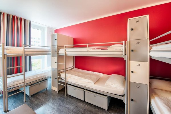 ONE80° Hostels Berlin - фото 12