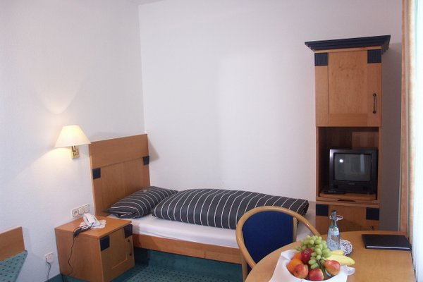 Hotel-Restaurant Pappel - 3