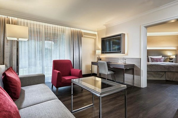 Radisson Blu Badischer Hof Hotel - фото 4