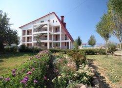 Фото 1 отеля База Отдыха Парус - Поповка, Крым