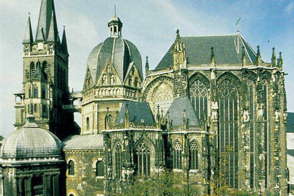 Leonardo Hotel Aachen - фото 23
