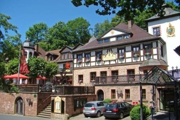 Schlosshotel Mespelbrunn - фото 21
