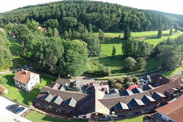 Schlosshotel Mespelbrunn - фото 23