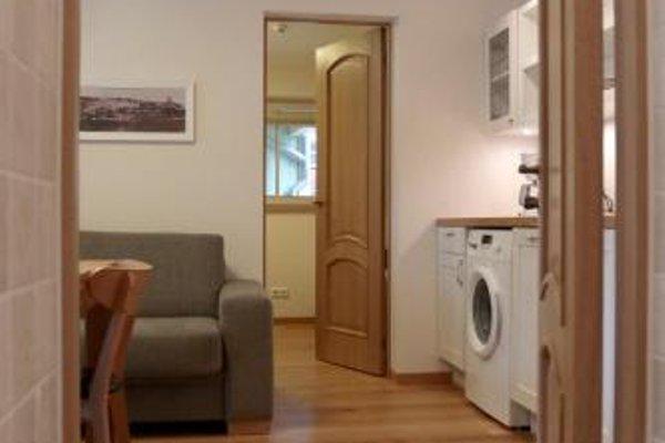Alexander Apartments - фото 23