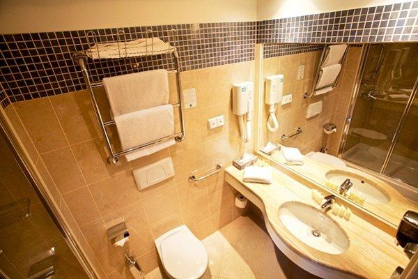 PK Ilmarine Hotel - 10