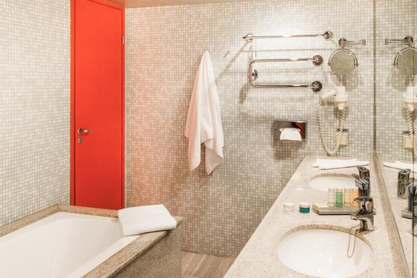 Radisson Blu Hotel Olumpia - фото 9