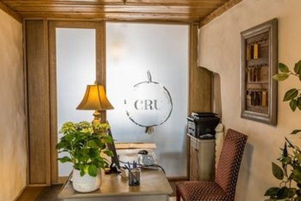 CRU Hotel - фото 4