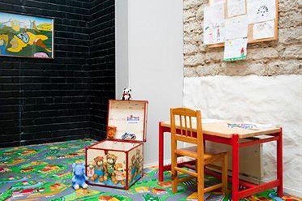 16Eur Hostel - фото 10