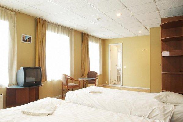 16Eur Hostel - фото 3