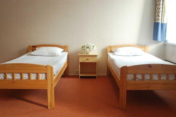 16Eur Hostel - фото 8