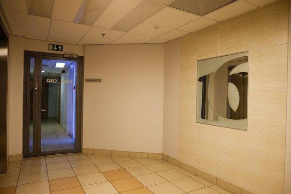 Adelle Apartments - фото 10