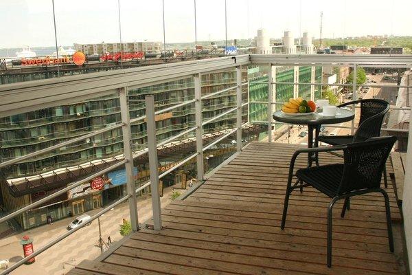 Adelle Apartments - фото 14